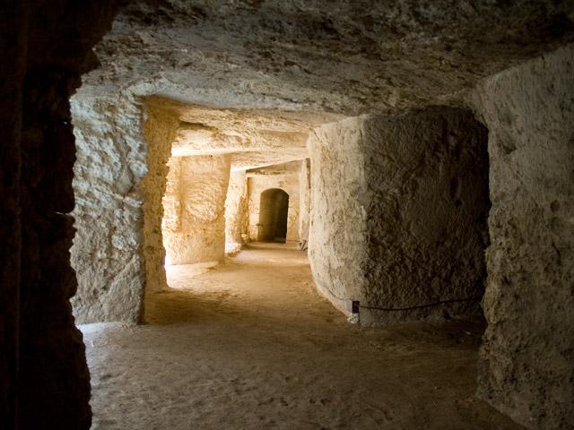 Cunicoli del Castello Eurialo - Siracusa